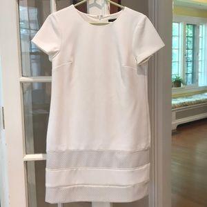 White short-sleeve dress